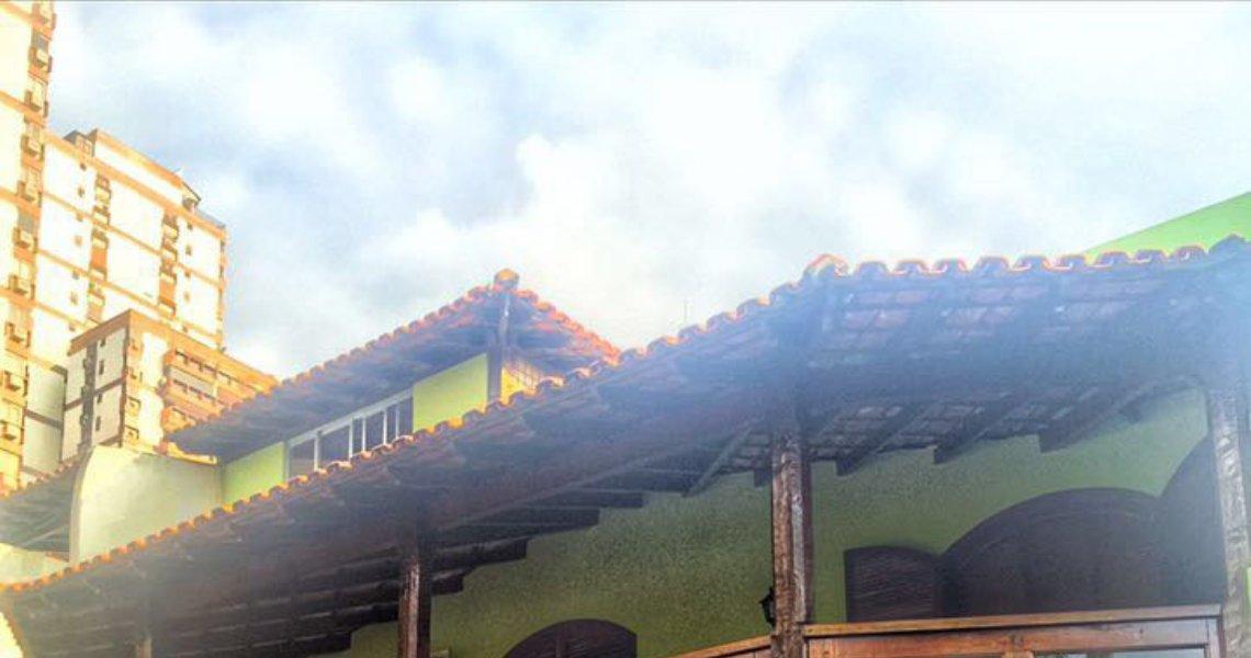 Casa Triplex, 4 Quartos (2 suítes), Sernambetiba, Venda